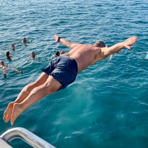 paseo-barco-catamaran-nadar-baño-swimming-cruise